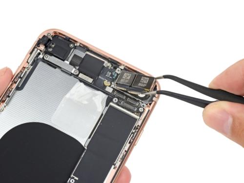 iphone_8_plus_rear_camera_apple